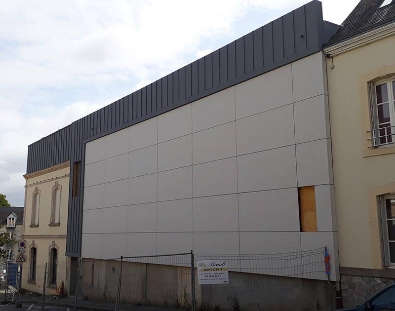 DESLAURIERS Charpentier Couvreur Cinéma Le Vox Mayenne 1 60